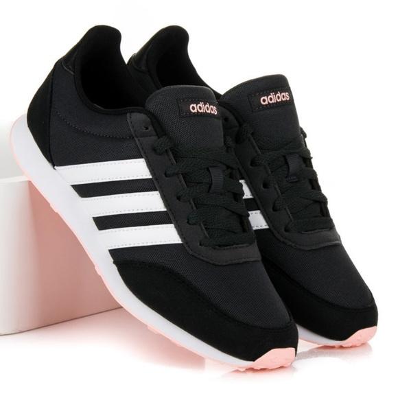 adidas Shoes   Nwot Adidas V Racer 2